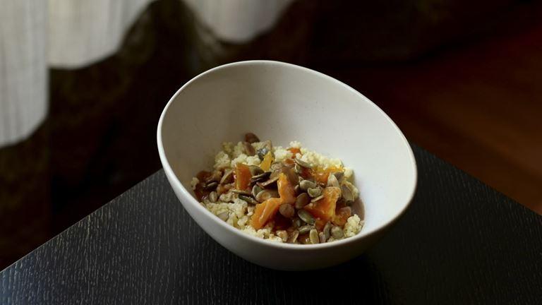 Завтраки с игристым в ресторане «Кококо» - Пшённая каша с тыквой