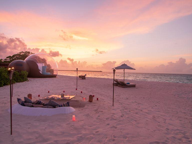 Комната с видом на звезды: Beach Bubble в отеле Finolhu на Мальдивах - фото 2