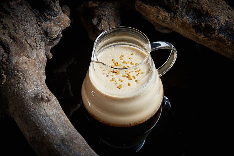 Горячие напитки в ресторане «На Мосфильмовской» - английский согревающий поссет