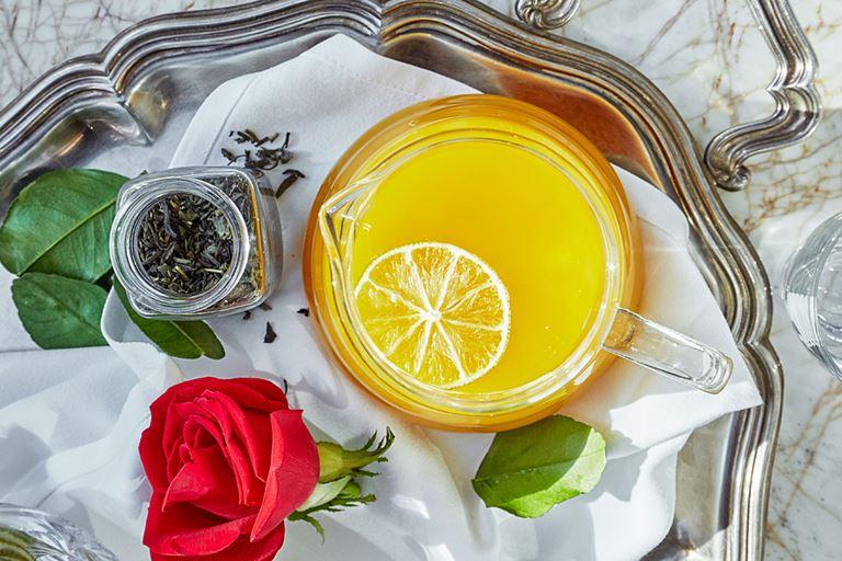 Сезонные чаи и коктейли в панорамном ресторане Sixty - чай с тропическим манго