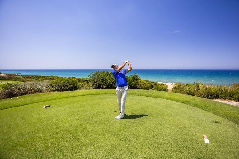 Хосе Мария Оласабаль станет дизайнером гольф-полей в Costa Navarino - фото 3