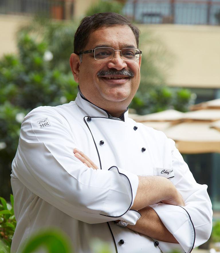 Дни индийской кухни в ресторане AZIA (Гранд Отель Европа, Санкт-Петербург) - Шеф-повар Ганеш Джоши