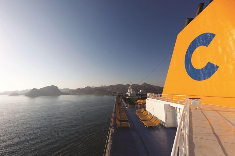 Costa Cruises и AISM - круизы для туристов с ограниченными возможностями - палуба лайнера