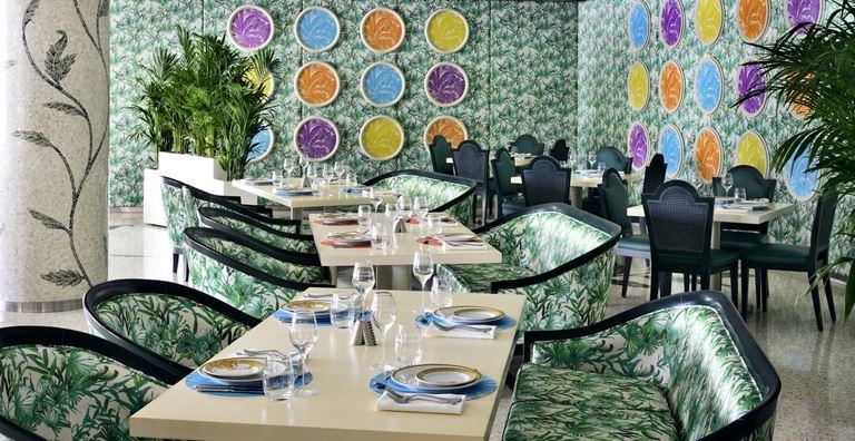 Отель Palazzo Versace Dubai - ресторан Giardino