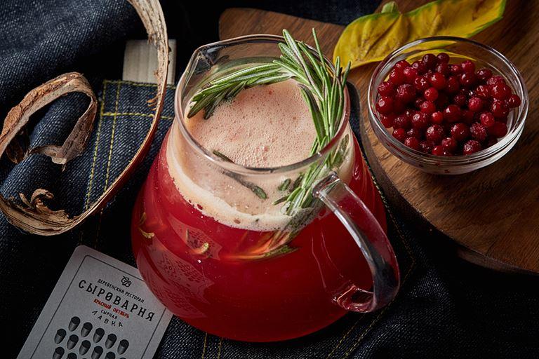 Новые сезонные напитки в «Сыроварнях» Москвы - чай «Перечная клюква»
