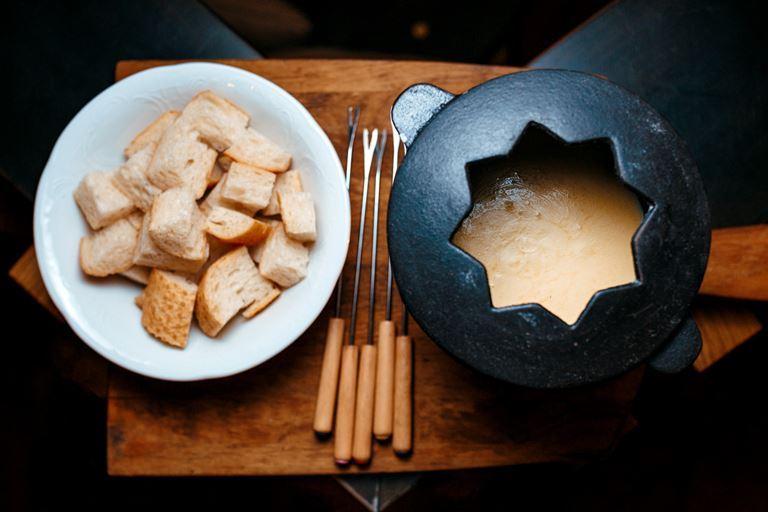 Новые блюда в «Кафе Дружба. Мануфактура еды» - горячее фондю