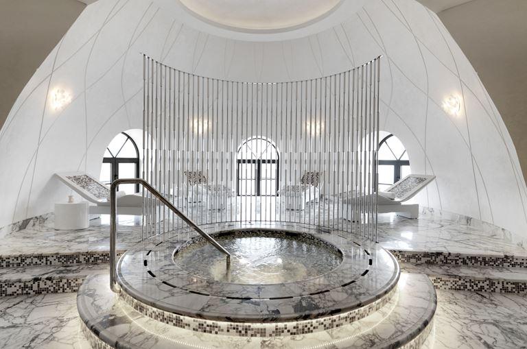 Лето-2019 в Баку вместе с Four Seasons Hotel Baku- спа центр