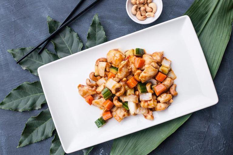 Ресторан «Китайская грамота. Бар и Еда» - Цыплёнок Гунг Бао