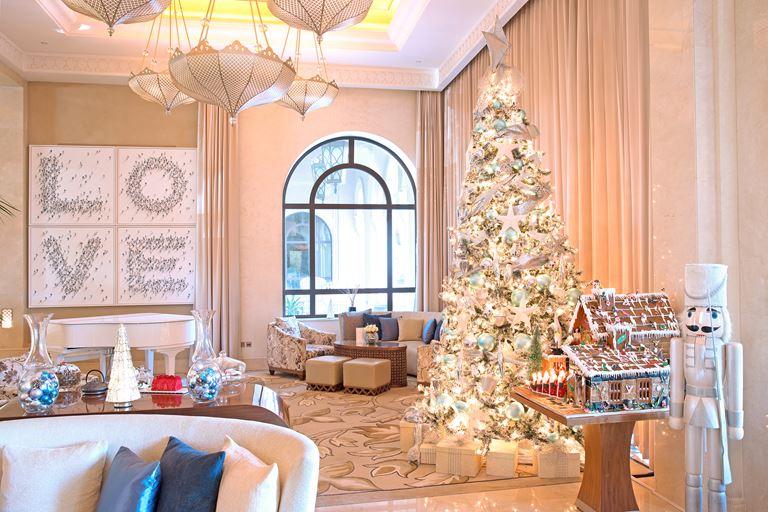 Рождественское настроение на курортах One&Only - One&Only The Palm