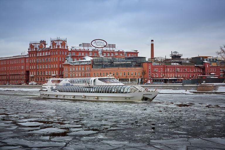 Зимние круизы на яхте «Erwin.Река»
