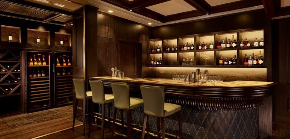 Рестораны и бары отеля Parklane, a Luxury Collection Resort & Spa, Limassol