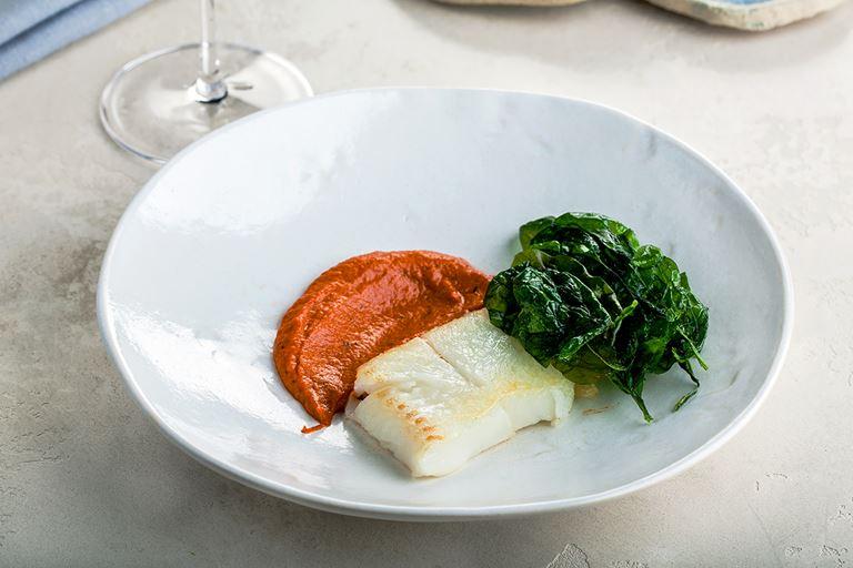 Новинки в ресторане Molto Buono 2.0 - филе палтуса с соусом «Ромеско»