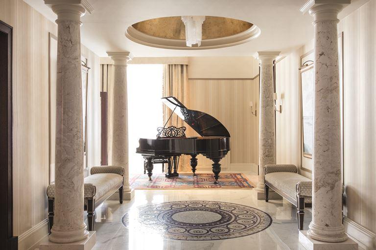 Петербург глазами консьержей Гранд Отеля Европа