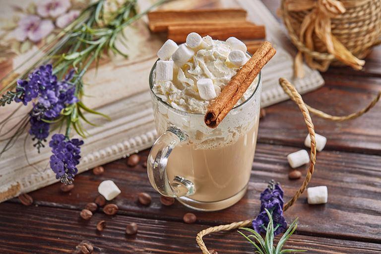 Шишки, специи и цитрус – напитки в кафе «Руккола» - «Лаванда»