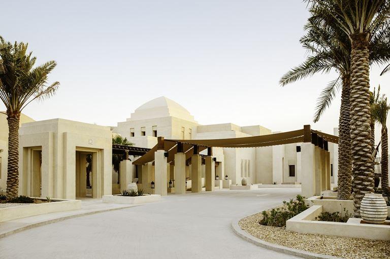 Новый курорт Jumeirah Al Wathba Desert Resort & Spa в пустыне Абу-Даби - фото 2