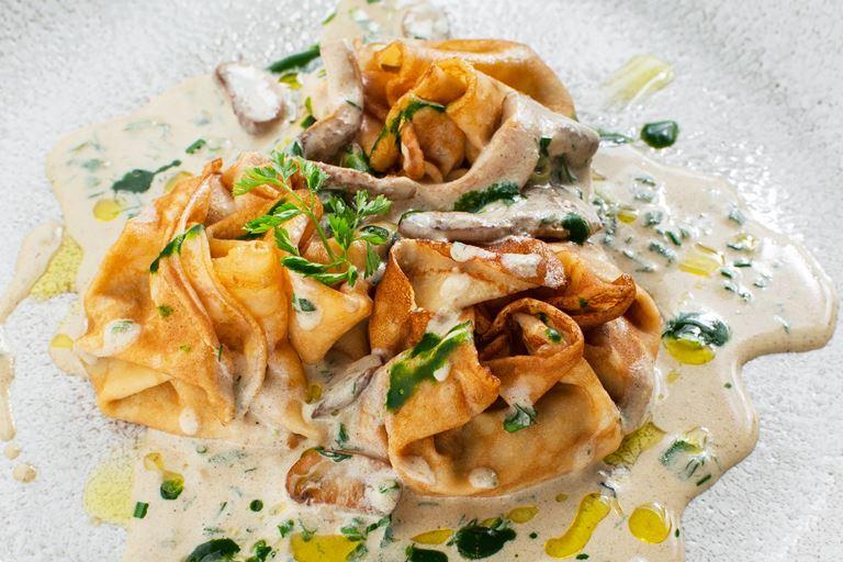 Масленица в ресторане «Аист»: блинное меню от Мирко Дзаго - фото 1