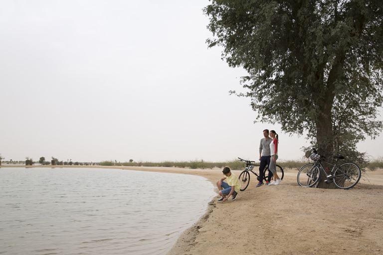 Новые развлечения в Дубае в 2019 году - Озеро Любви в лагуне Аль Кудра