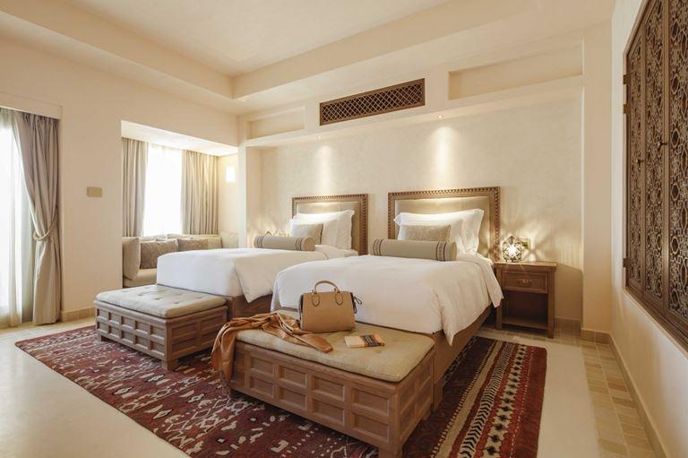 Новый курорт Jumeirah Al Wathba Desert Resort & Spa в пустыне Абу-Даби - фото 4