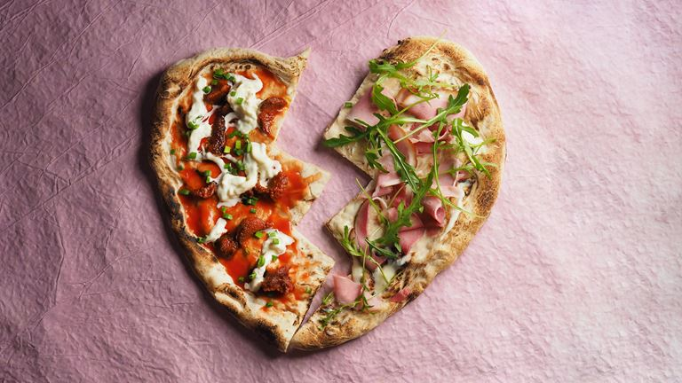 День Всех влюблённых в ресторане «Кококо» - пицца