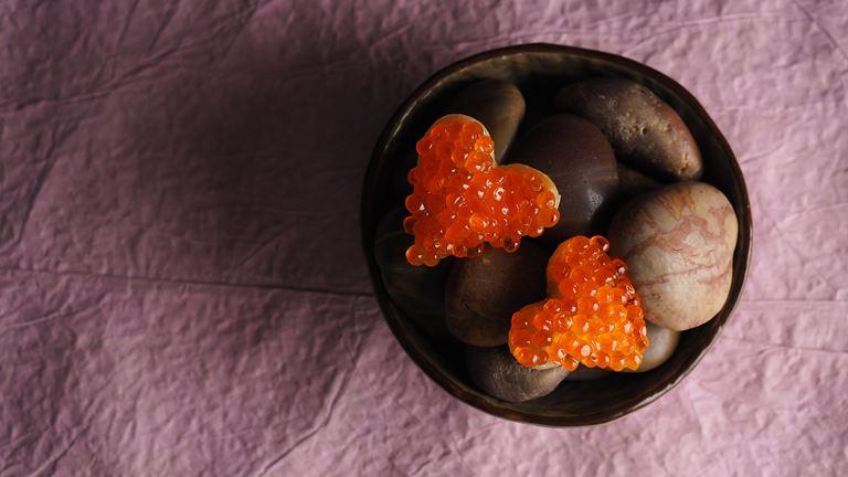 День Всех влюблённых в ресторане «Кококо» - тарталетки с икрой