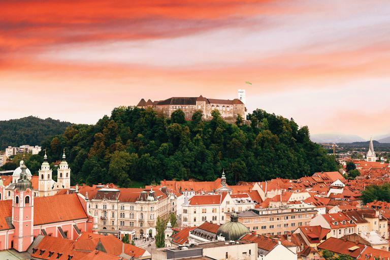 Незабываемая Словения: 9 идей для интересного отдыха - Люблянский град