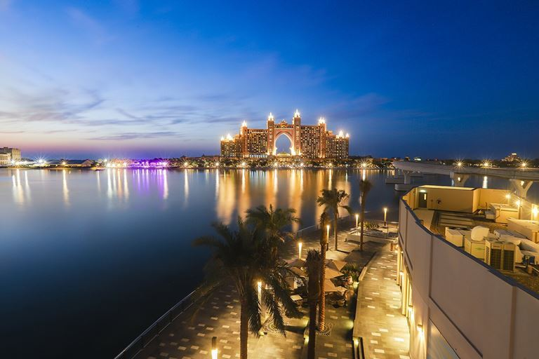 Новые развлечения в Дубае в 2019 году - Комплекс The Pointe на острове Пальма Джумейра