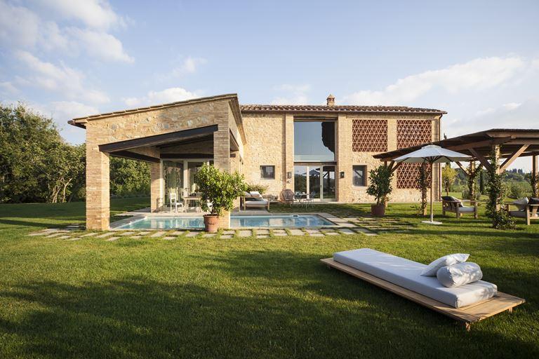Недвижимость в Toscana Resort Castelfalfi - фото -