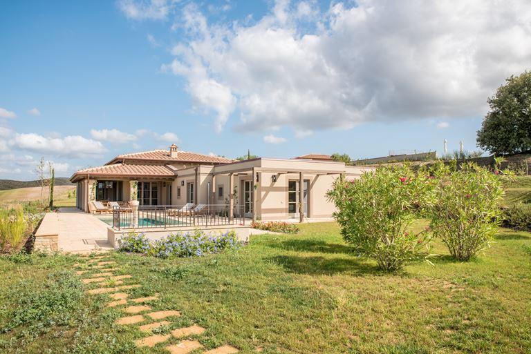 Недвижимость в Toscana Resort Castelfalfi - фото - Гольф-виллы
