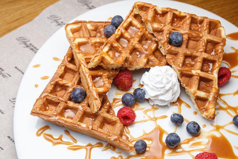 С душой и для друзей: новые завтраки в «Кафе Дружба. Мануфактура еды»