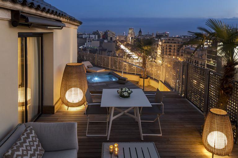 Majestic Royal Penthouse – самый большой в Барселоне