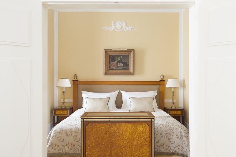 Выходные в венецианском стиле в Belmond Grand Hotel Europe (Санкт-Петербург) - фото