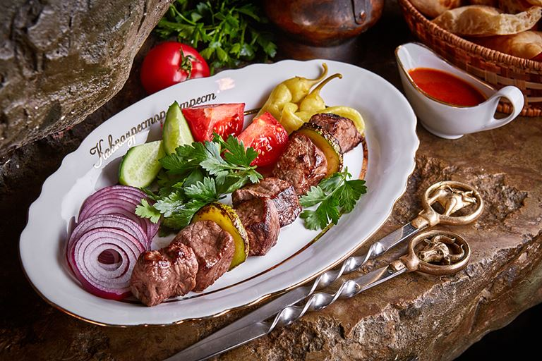 Рецепт шашлыка от ресторана «Кавказская пленница»