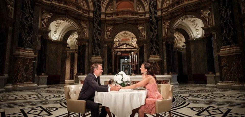 The Ritz-Carlton, Vienna приглашает на ночь в музее и ужин по-императорски