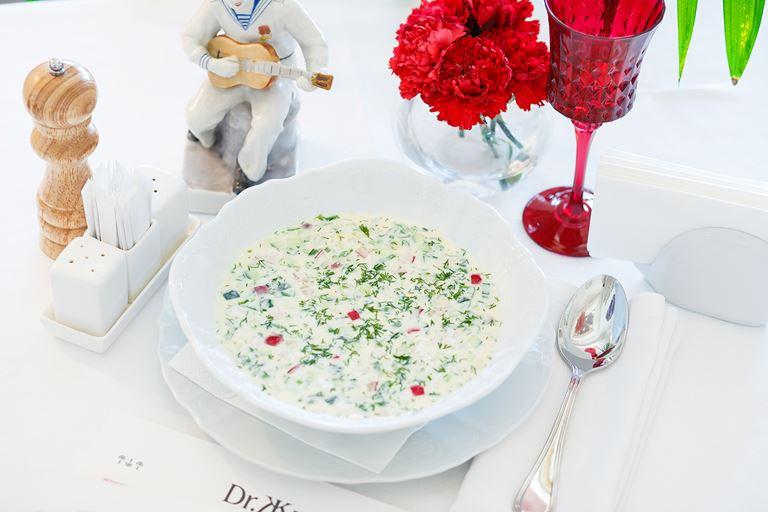 Сезон холодных супов в Гранд-кафе «Dr. Живаго» - окрошка на кефире