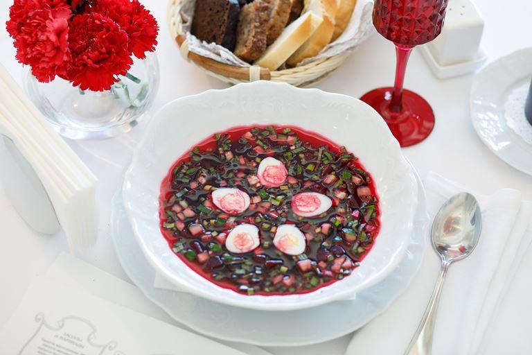 Сезон холодных супов в Гранд-кафе «Dr. Живаго» - Свекольник