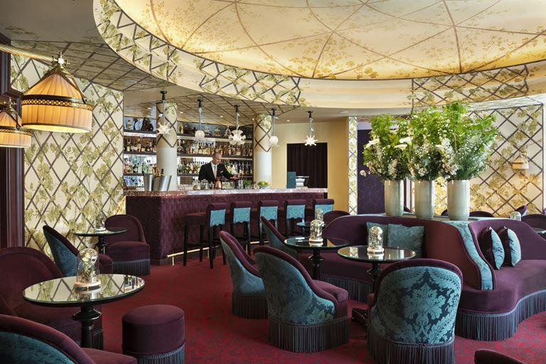 Новый интерьер ресторана Le Joy отеля Hôtel Barrière Le Fouquet's Paris - фото 1