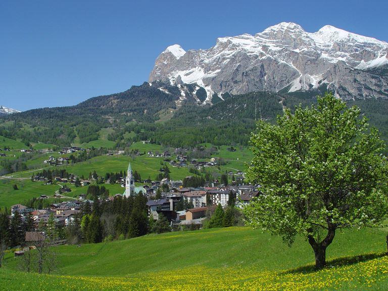 Летний сезон в Cristallo, a Luxury Collection Resort&Spa (Кортина-д'Ампеццо, Италия, Доломитовы Альпы)
