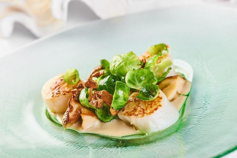 Филе морского гребешка с соусом карри от ресторана «Чайка»