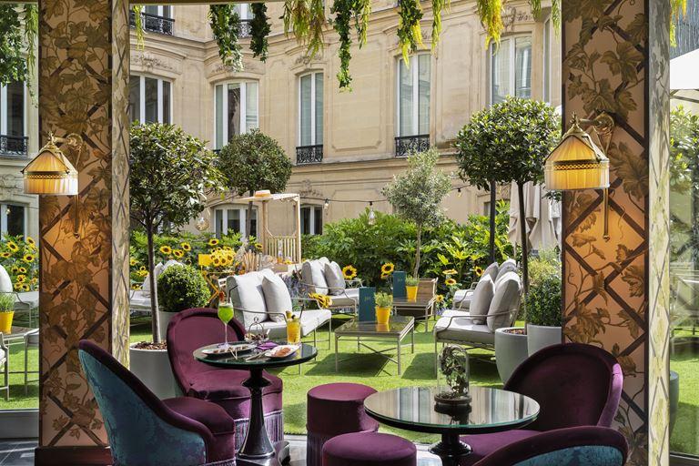 Новый интерьер ресторана Le Joy отеля Hôtel Barrière Le Fouquet's Paris - фото 2