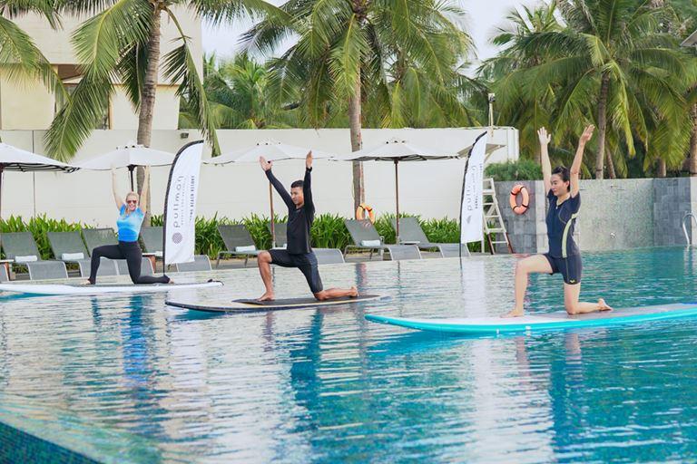 Pullman Сочи Центр приглашает на курс фитнеса и йоги с Сарой Хоуи