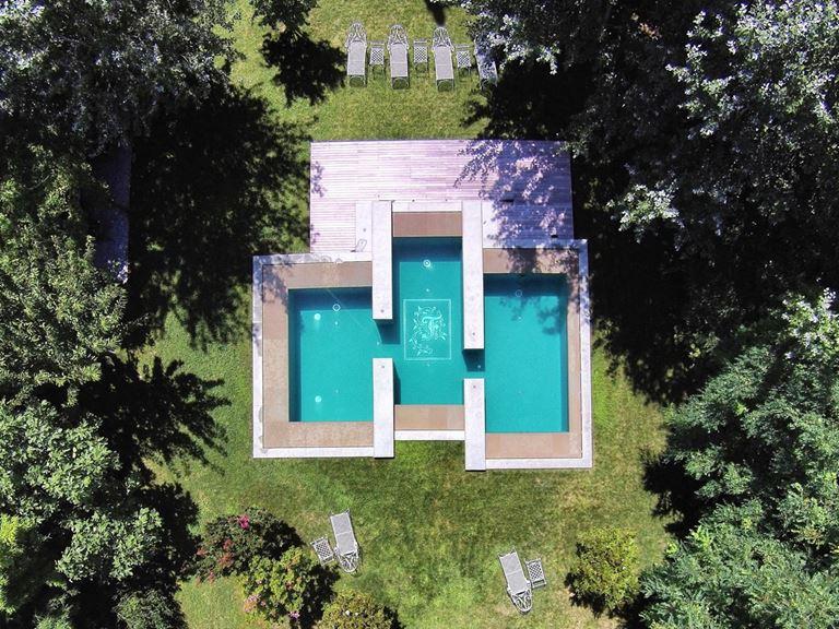 Villa F – отдых в Венеции в атмосфере старинной виллы - фото - бассейн