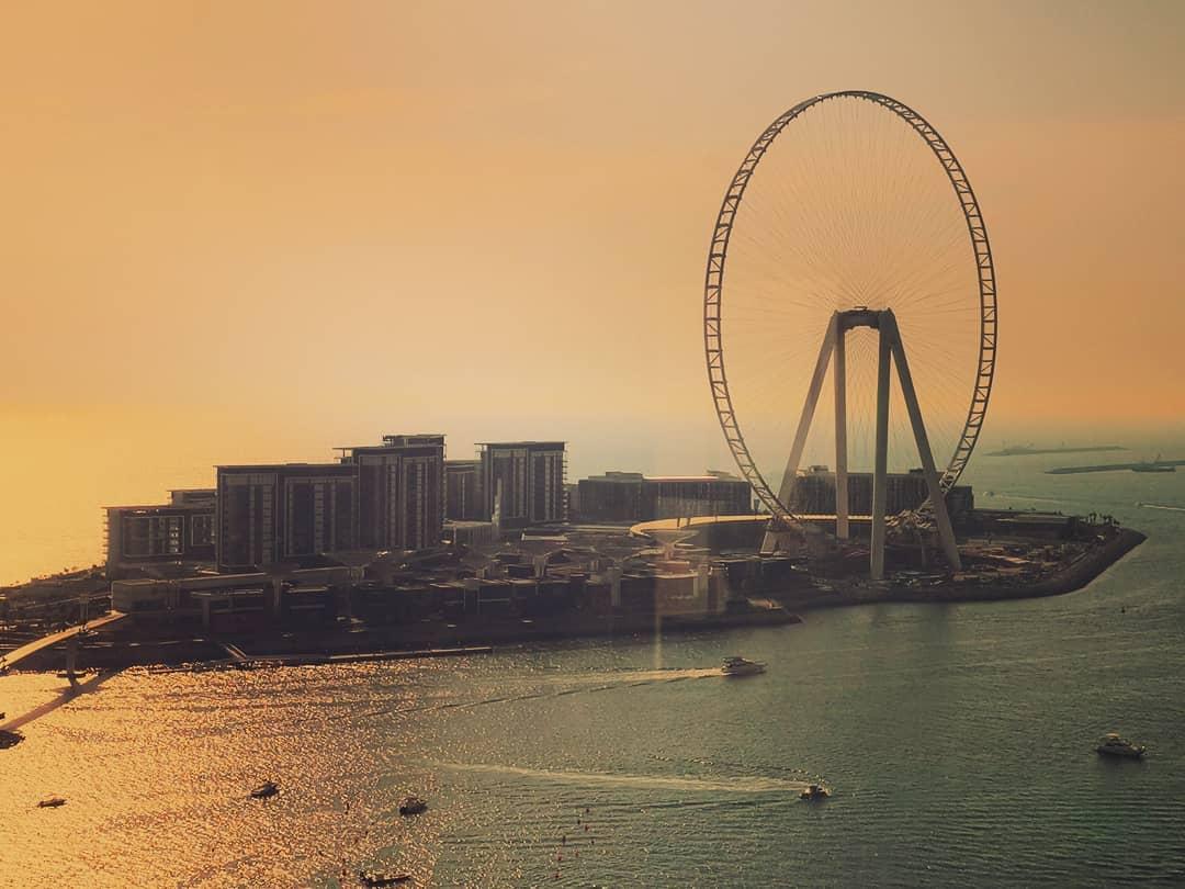 Insta-места: где делать фото красивых закатов в Дубае – Пляж The Beach в районе JBR для фото колеса обозрения Ain Dubai