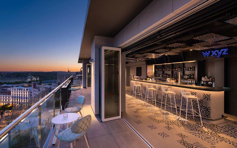 Новый отель в Мадриде: стильный Aloft Madrid Gran Via с бассейном на крыше - фото 2