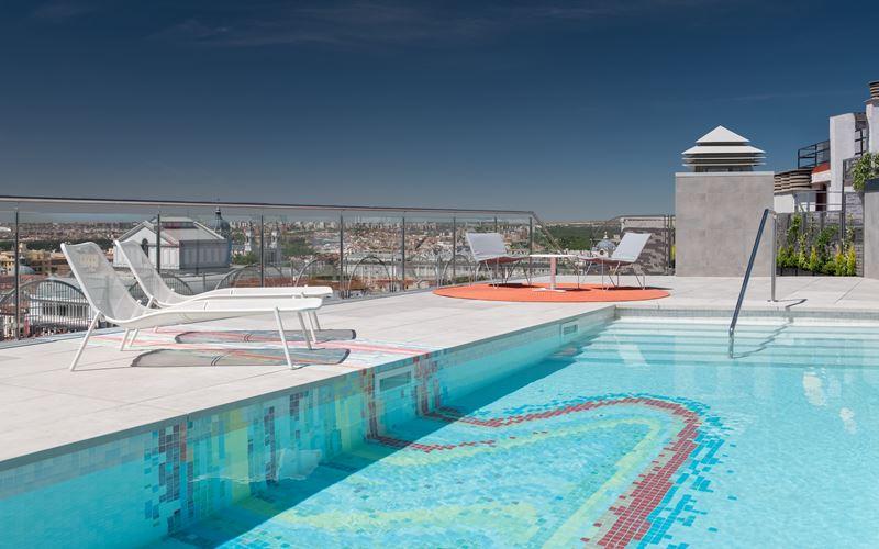 Новый отель в Мадриде: стильный Aloft Madrid Gran Via с бассейном на крыше - фото 6