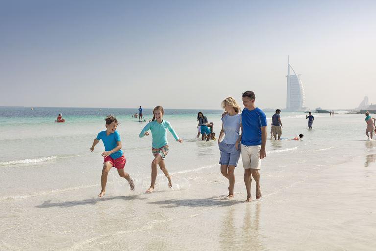 Нетуристический Дубай: куда пойти и чем заняться - Закат на секретном пляже