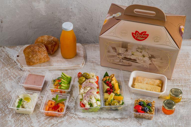 Кошерный завтрак в сундуке от Pinhas