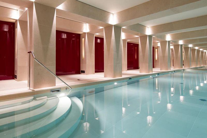 La Réserve Paris Hotel and Spa - «Лучший отель в Париже-2019» по версии журнала Travel + Leisure