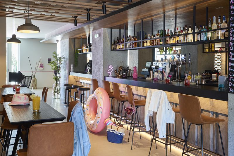 Moxy открывает новый отель Moxy Patra Marina в Греции - фото 6