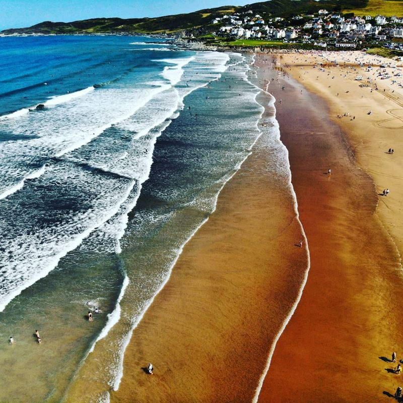 Топ-15 самых красивых пляжей Великобритании - Пляж Вулакомб, Девон (Англия)