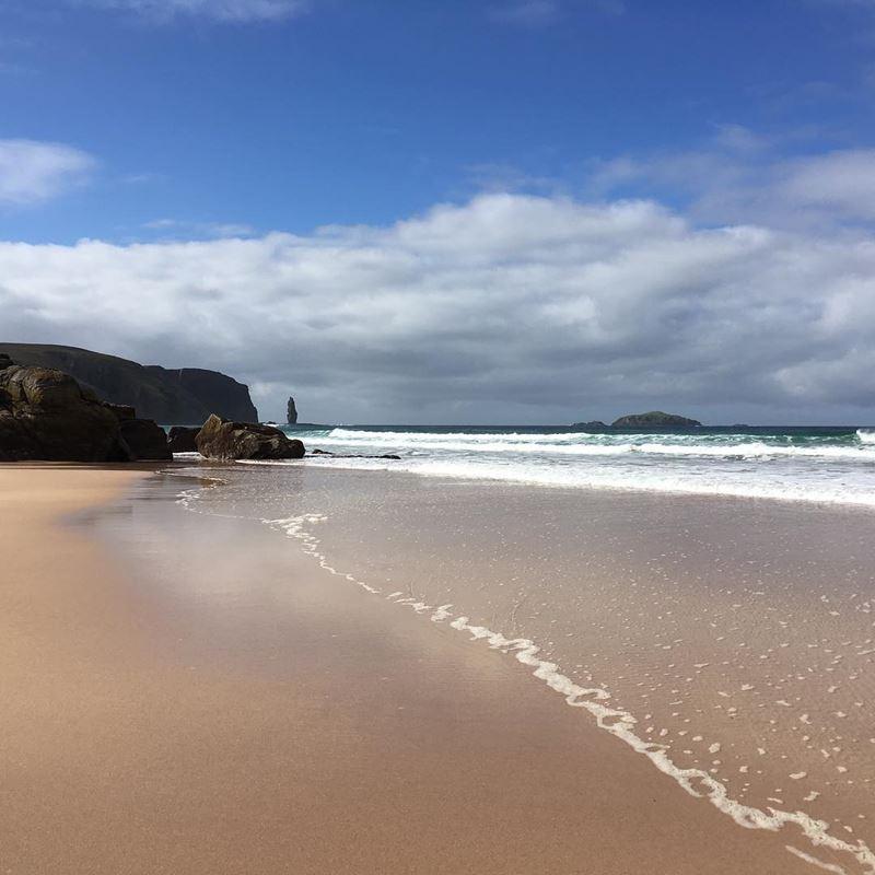 Топ-15 самых красивых пляжей Великобритании - Сэндвуд Бэй, Сазерленд (Шотландия)